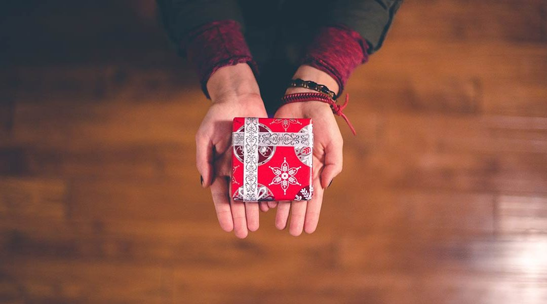 4 Gifts You Can Give Your Team For Free This Christmas